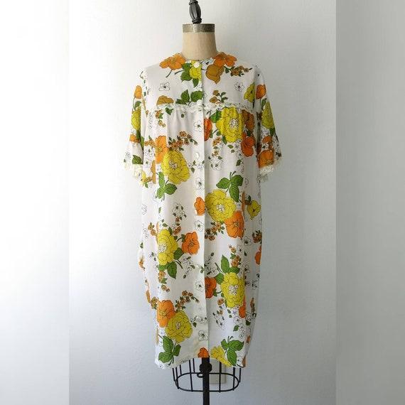 Light Cotton 70s Floral Housecoat
