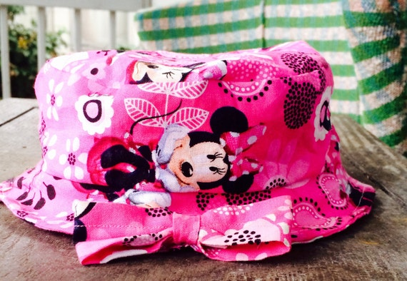 Minnie Mouse baby bucket hat  b8db5c4e9164