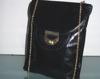 c259dc7e33cd Vintage Patent Leather Triangle New York Shoulder Bag