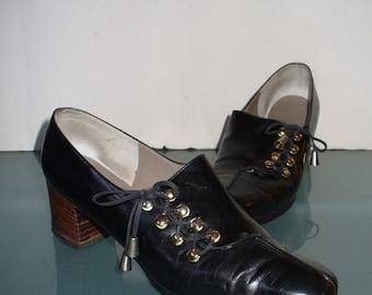 f4c47e9c52a Vintage Roger Vivier Paris Saks Fifth Avenue Shoes Size 7AAA