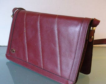Vintage Etienne Aigner Oxblood Shoulder Bag Purse 3bab42b4b4437