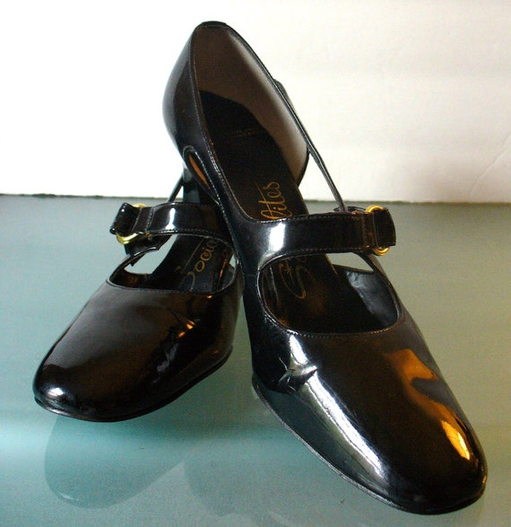 Vintage Socialites Patent Leather Mary Janes