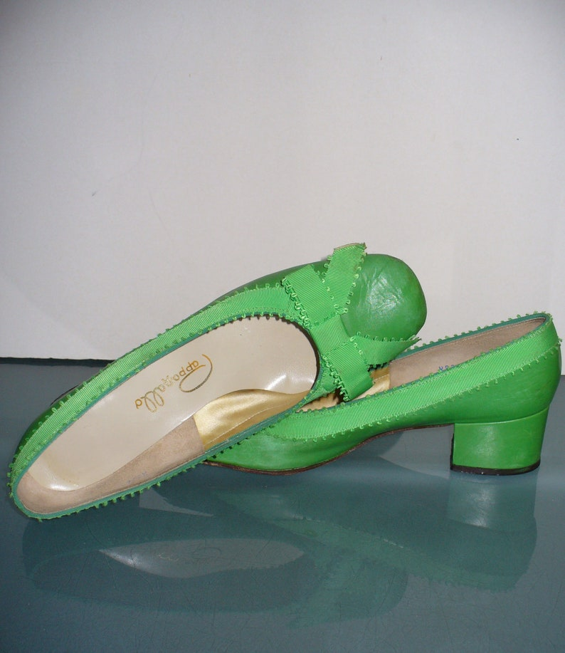 a19e09b2bbc Vintage Pappagallo Leather Preppy Green Shoes Size 9