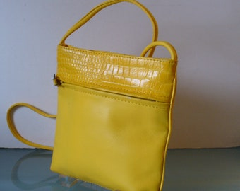 Vintage  Banana Yellow Leather Crossbody Pouch