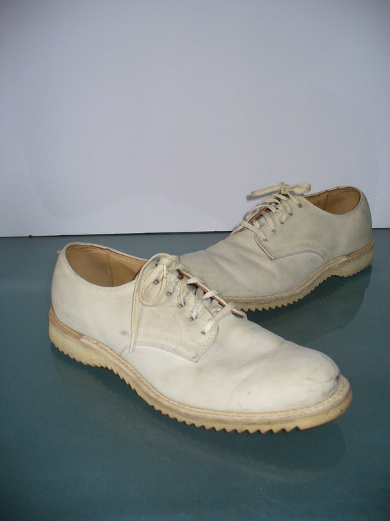 Vintage Kee-Ger White Buck Oxfords