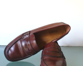 Vintage  Bass Classic  Oxblood Penny Loafers Size 10