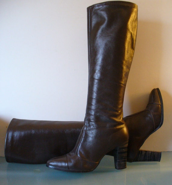 Pappagallo Chocolate Leather Vintage Boho  Campus