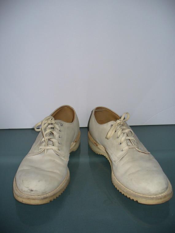 Vintage Kee-Ger White Buck Oxfords - image 4