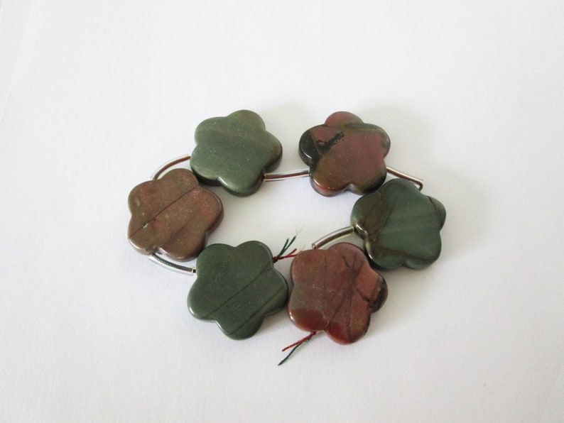 Picasso Jasper Side to Side Drilled Flower Cut Beads 196.10cts