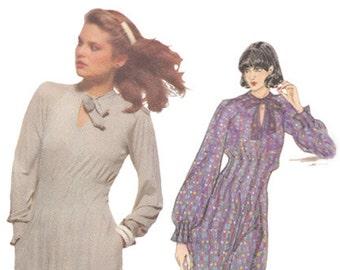 Vintage 70s Dress Designer Jean Muir 2 Lengths/ Tucked Waistline/ Stand Up Tie Collar Vogue Sewing Pattern 1725 Size 10 Bust 32 1/2