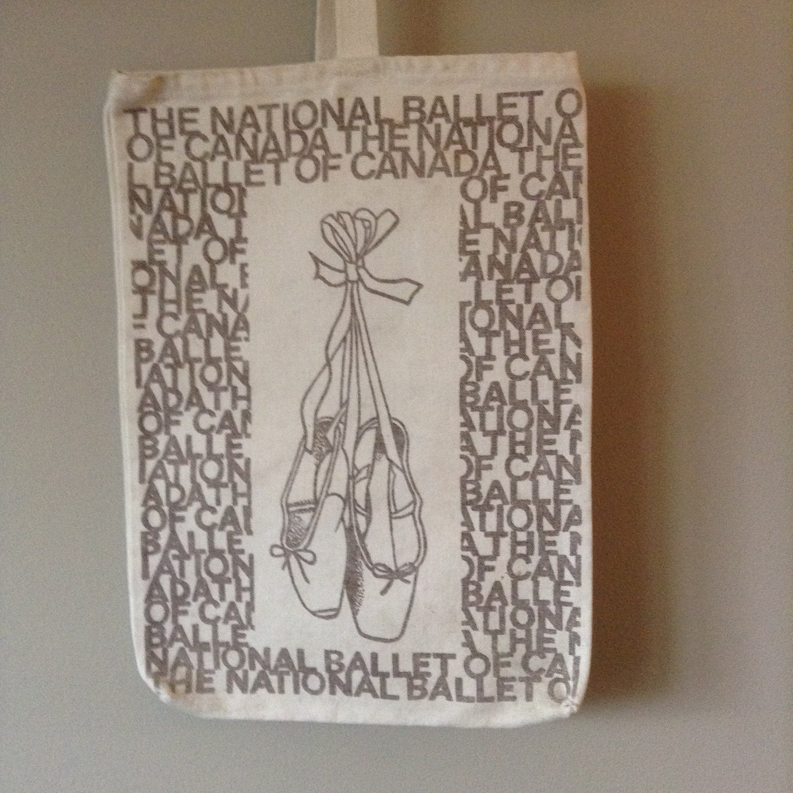 vintage 1980s dance tote bag national ballet of canada ballet bag ivory canvas with brown print ballet slippers on ribbons