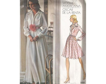 Vintage Evening or Cocktail Dress Oscar de la Renta™ Uncut Vintage Vogue 2880 Bust 32.5 Size 10 Attached Petticoat / Deep V / Notched Collar