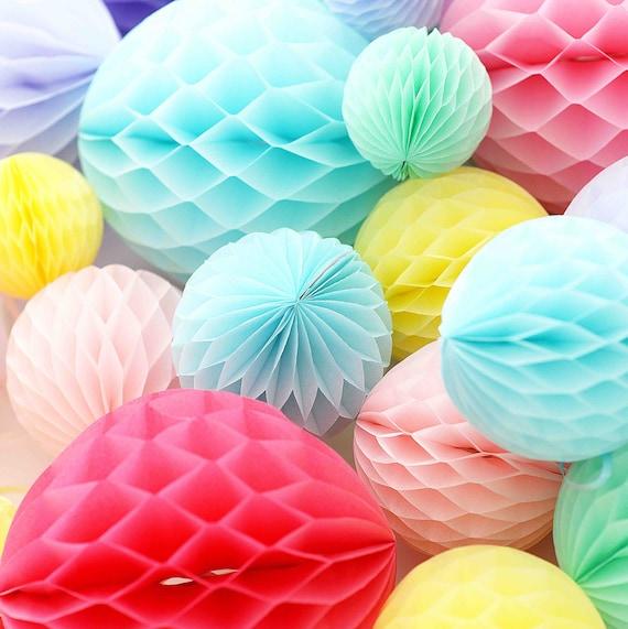 "5 cm Pack of 2/"" Mini Honeycomb Balls Decorative Tissue Paper Wedding Party"