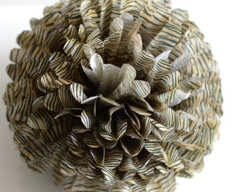 1 pom in Tiger tissue paper pom poms  - lantern - various sizes - pompoms party decorations - jungle / safari/ animal