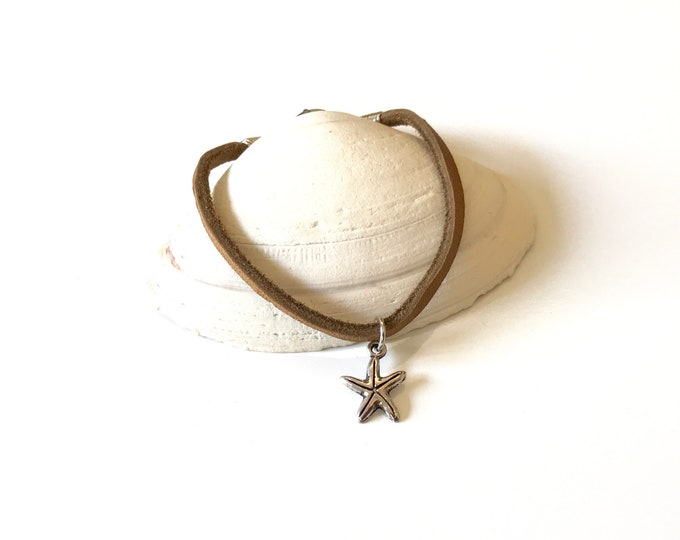 Beach - Leather - Bracelet - Boho - Leather Bracelet - Starfish - Boho Chic- Stackable - Jewelry - Brown Leather - Pewter Charm