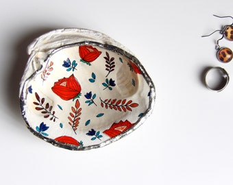 Red, Floral, Shell, Jewelry Dish, Handcrafted, Home Decor, Trinket Dish, Art, Illustration