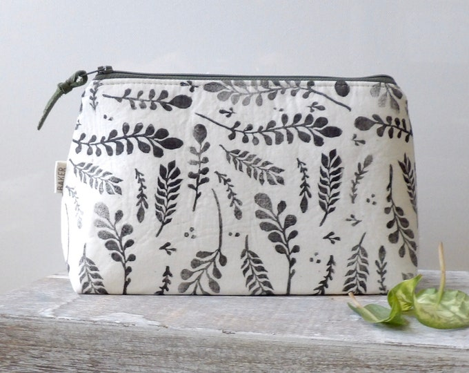 Botanical,Travel Bag, Zipper Pouch, Foliage, Hand-Stamped, handcrafted, Block Printing, Makeup Bag