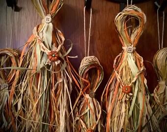 Corn Dolly Traditional Folk Art ~ Wheat Doll ~ Plastic Free, Zero Waste, Organic, All Natural, Handmade, Native Folk Art