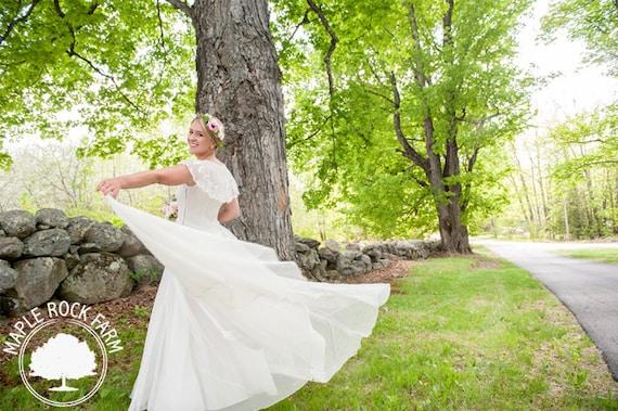 Vintage Ivory 1930s Wedding Dress/ Alternative Wed