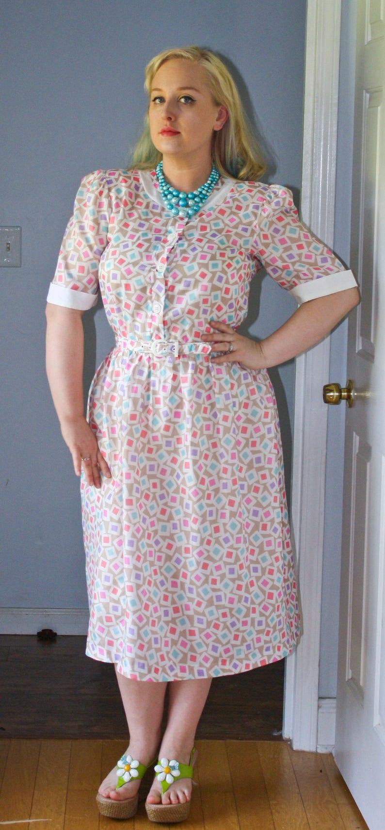 SALE 1980s Golden Girls Granny Old Lady Halloween Secretary Dress  Shirtwaist Plus Size Multi Square Geometric Novelty Print waist 33\
