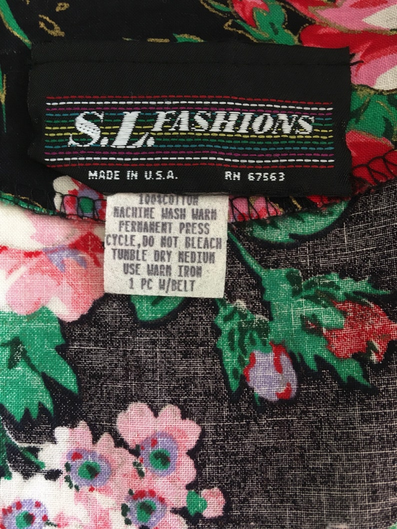 1980s does 1950s Floral Shirtwaist Black Nancy Stranger Things Rose Print button front Cutout Open Back Short Sleeve Size 10 large