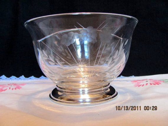 Etched Glass Glass Divided Bowl With Sterling Silver Base Very Elegant