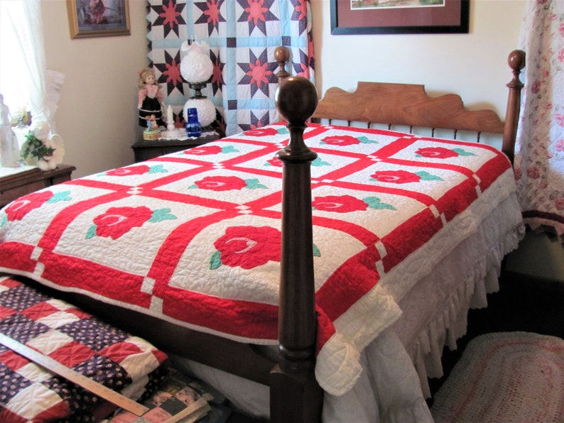 Hand Appliqued Quilt Hand Quilted Quilt With Red Roses Full Size 84 X 70