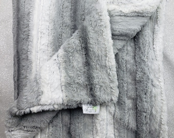 Minky Blanket, Raya Platinum, neutral throw, faux fur soft luxurious throw, Grey and white, Plush Minky, Adult minky Blanket Decor, Silver