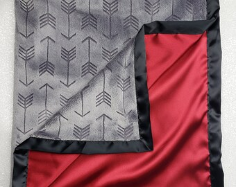 Minky Blanket, baby boy, grey and red blanekt, arrow blanket, satin blanket, silk blanket, grey red and black, soft blanket baby gift, boy