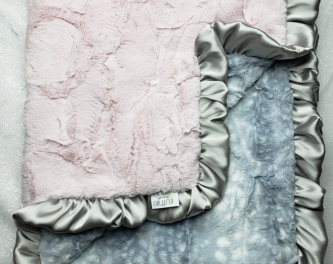READY TO SHIP: Minky blanket, faux fur, Rosewater hide, baby girl, vintage pink, elegant plush blanket, pink and silver, fawn, animal print