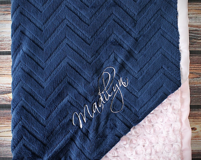 Embroidered Minky Blanket, gift for baby, baby girl, personalized blanket, Blanket with name, Personalized baby blanket, monogrammed blanket