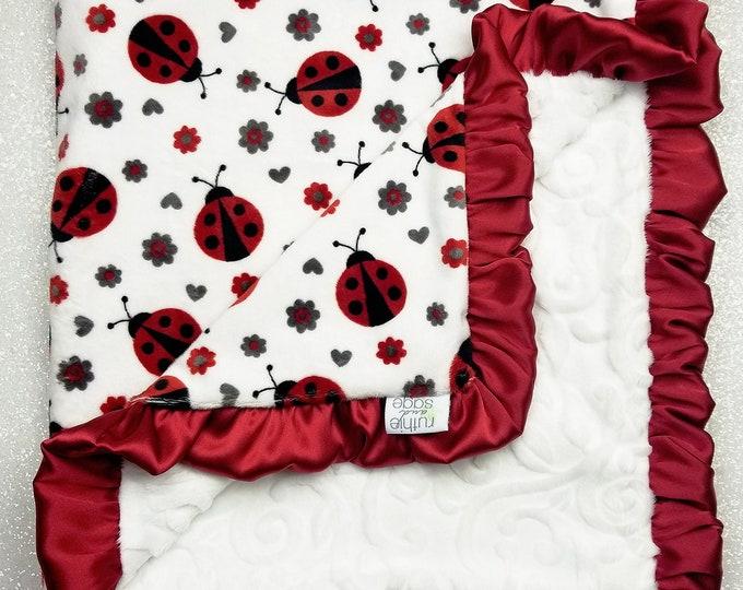 Minky blanket Baby blanket, soft blanket, Baby girl, ladybug blanket, red and white, ruffle blanket, baby gift, elegant blanket, lady bug