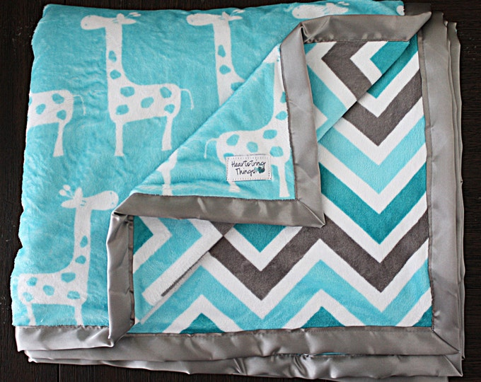 Minky Blanket, Giraffe blanket, Animal blanket, baby boy blanket, baby girl, Unisex blanket, aqua and grey, teal chevron, baby gift