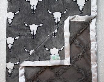 Minky Blanket, boho throw blanket, baby Blanket, baby boy, modern blanket, hipster baby, baby girl blanket, cow skull, decor, bullseye