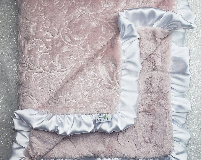 Minky blanket, faux fur throw, Rosewater hide, paisley minky, elegant baby girl blanket, vintage pink, plush blanket, gift idea, adult minky