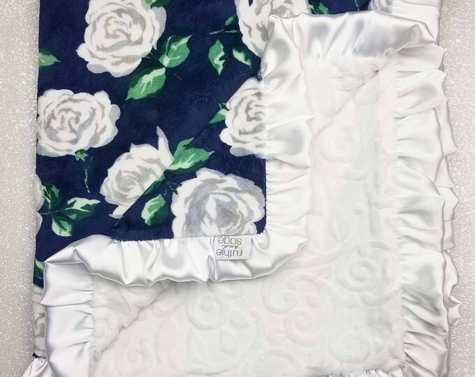 READY TO SHIP Minky blanket, baby girl blanket, baby gift, Floral blanket, Navy and White, Navy and silver, Wildflower, Rose, Shabby Chic