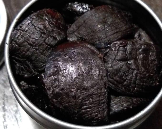 Black Garlic in 2 oz Tin