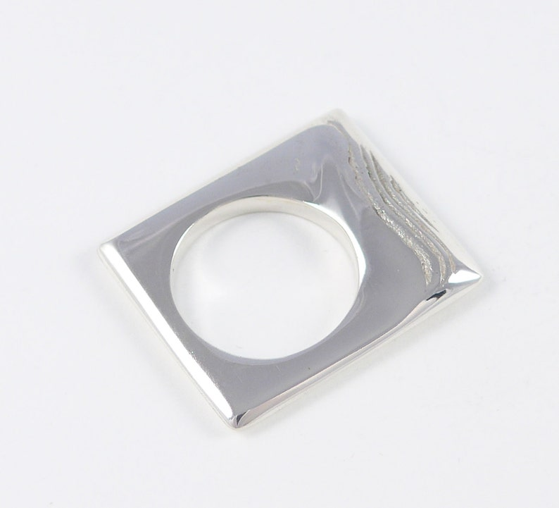 A place of drifting sands sterling silver ring image 0