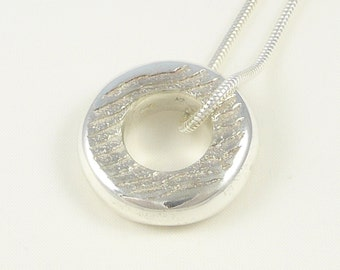 Circles of the sea, sterling silver pendant (small)