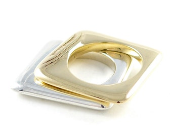 Golden sands, 9ct yellow gold ring