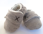 Boys Baby Booties, Boys Baby shoes - Fleece lined for winter in brown weave fabric.