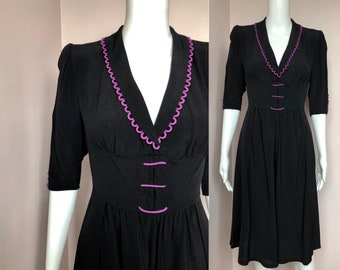 29b499bdc329 Beautiful Black Crepe 1940's Dress