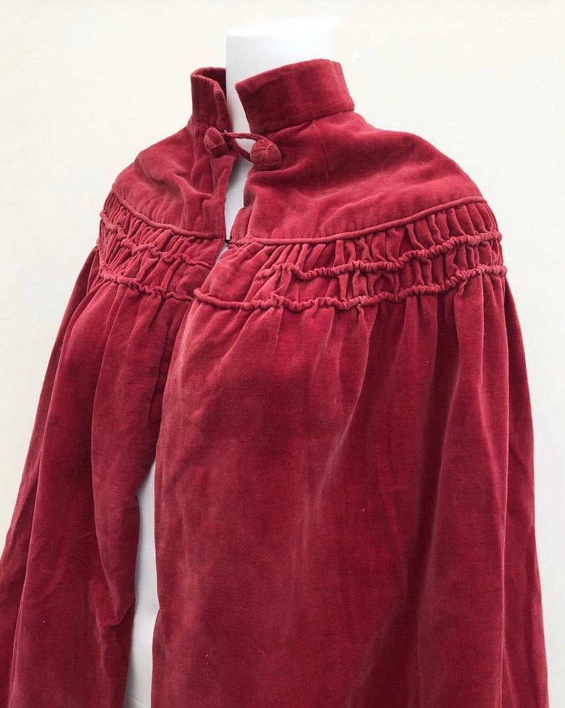 1920\u2019s Raspberry Coloured Velvet Cape