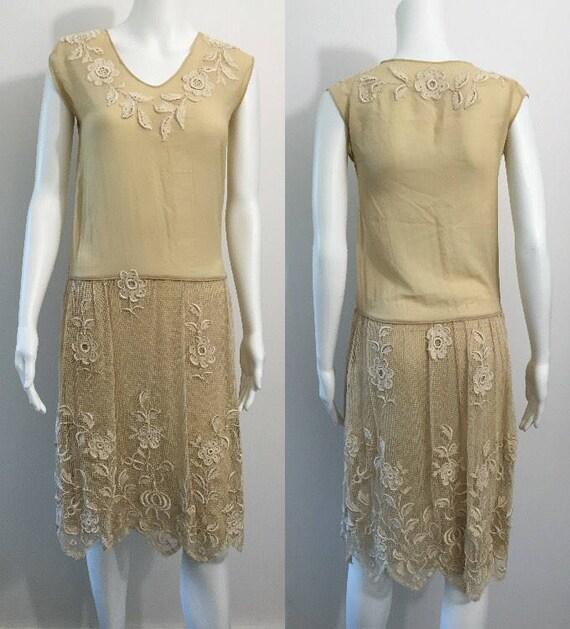1920's Filet Work Floral Dress