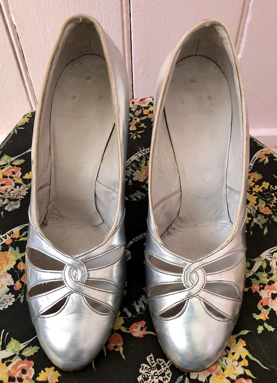 Stunning Silver 1930's Shoes