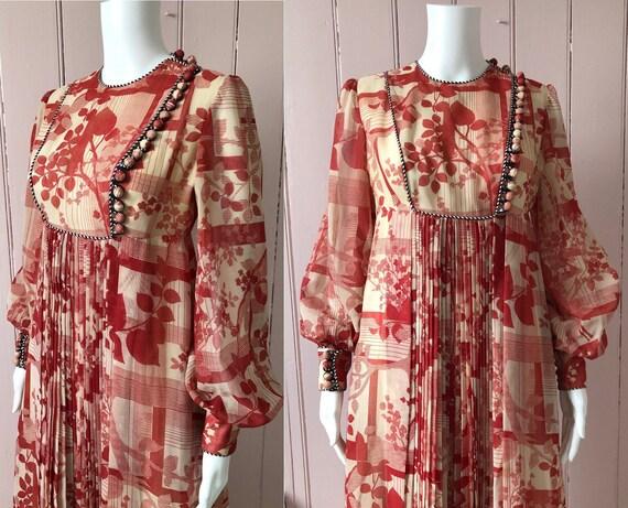 Fantastic 1970's Jean Varon Dress