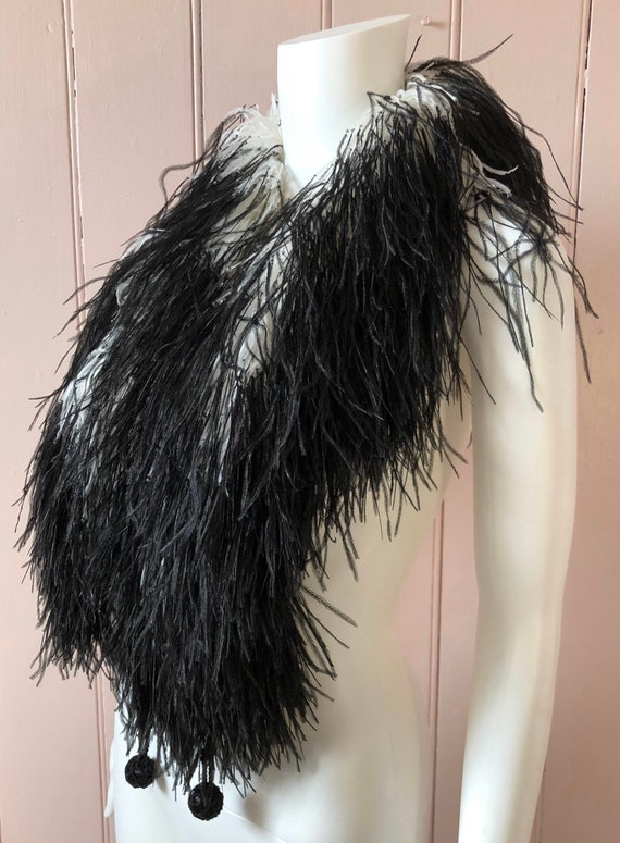 Superb 1920's Black and White Feather Boa