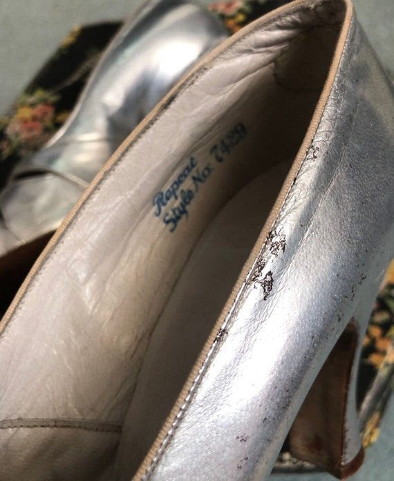 Stunning Silver 1930's Shoes - image 7