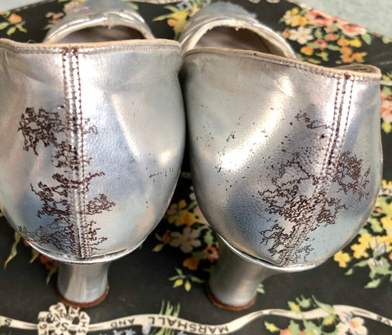 Stunning Silver 1930's Shoes - image 6