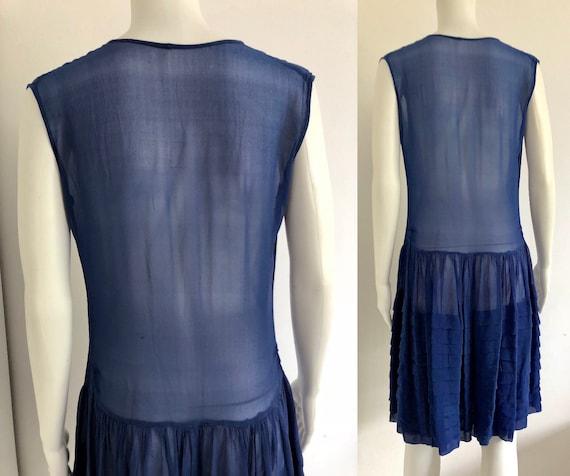 Stunning 1920's Periwinkle Blue Silk Chiffon Dress - image 4